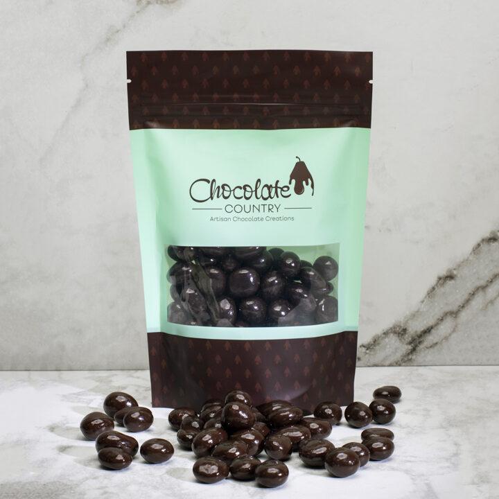 Chocolate Country Dark chocolate coated bluberries
