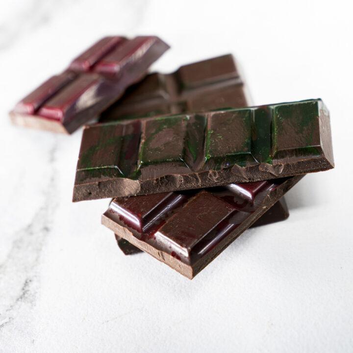 Chocolate Country 100 g Dark Chilli Bar