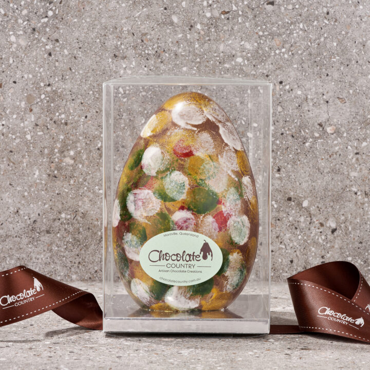 Chocolate Country Chocolate Country Milk Belgian Chocolate Deluxe Easter Egg
